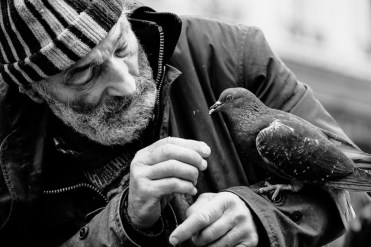 Paris-Obdachlose-Weihnachten-Oliver-Baer-03
