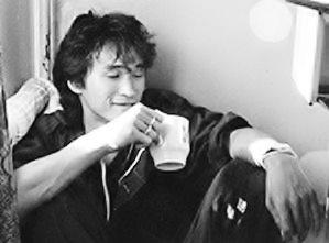 Victor_Tsoi_1986_cropped Mukhin 1986
