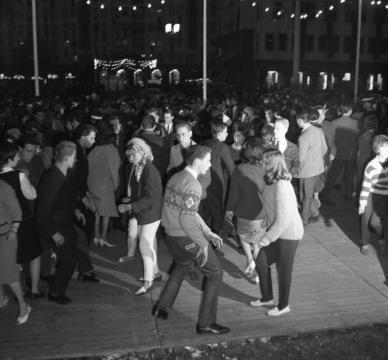 Berlin, Deutschlandtreffen, tanzende Jugendliche